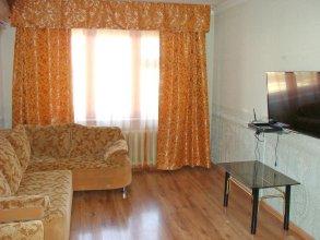 "Apartment ""Kvartirniy Vopros"" on Artema 128"