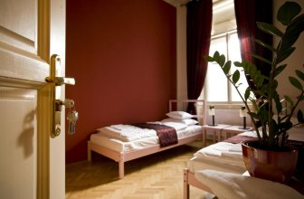 Budapest Rooms Bed and Breakfast