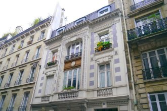 Apartment for 4 Saint-Lazare-Madeleine-Opera Area