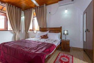 Thisara Holiday Super Luxury Villa