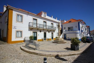 Ericeira Family House