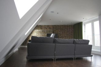 Hop Art House Serviced Apartments