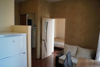 Apartment na Krymskoy 77