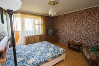 Apartment on Krasnoarmeyskaya 48