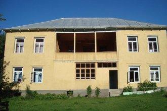 Lia Jamdeliani Guest House
