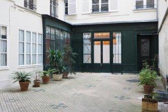 Apartment Palais Royal ChicSuites