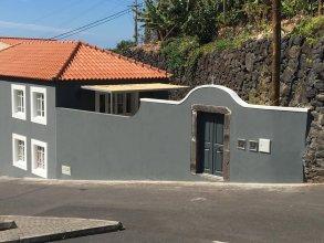 Calheta Beach House T1