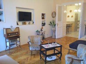Apartment Terez Krt 31