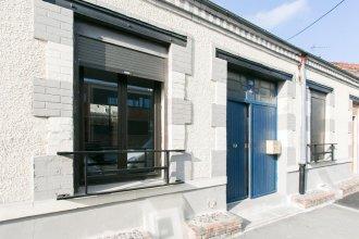 Paris East Side Lodge