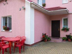 Апартаменты в Коттедже с Сауной