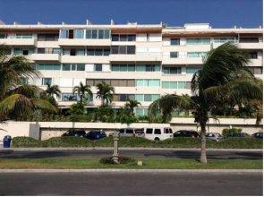 Suites Brisas Beach Resort