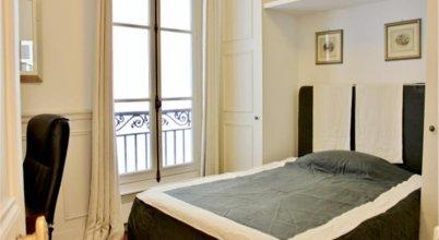 Into Paris - Saint Placide Apartment