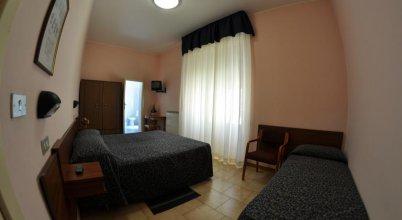 Hotel Esedra ***