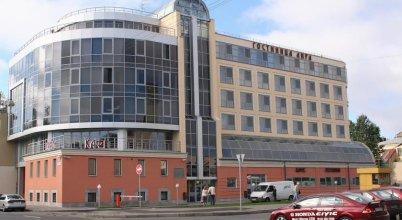 Отель Лира
