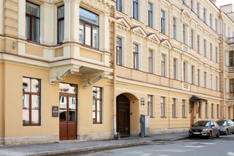 Pogostite.ru - Станция S13 | Сеть отелей Станция | Санкт-Петербург | м. Садовая | Парковка#1