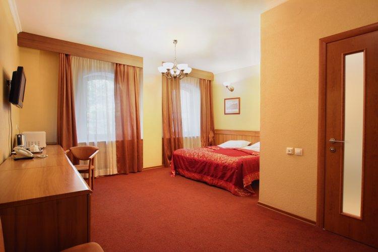 Pogostite.ru - Forte Inn | СПБ | м. Чернышевская | Парковка#14