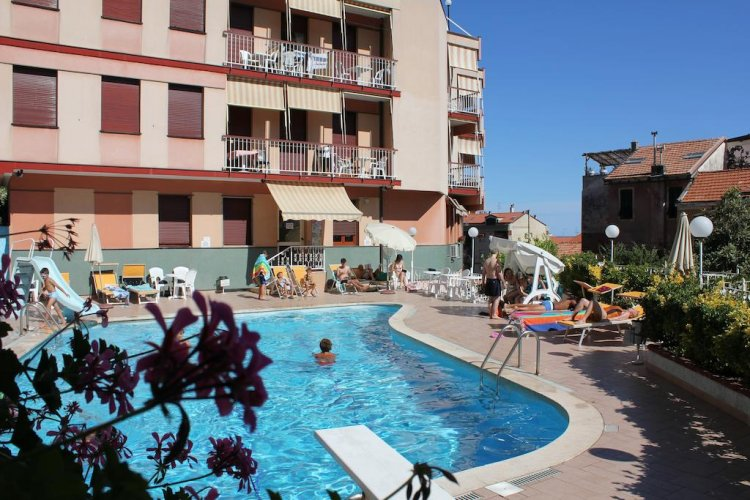 Buy apartment in Finale Ligure on the sea